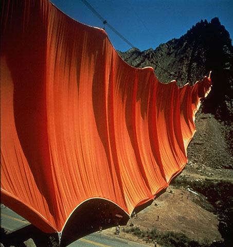 Gwarlingo - Found: Christo and Jeanne-Claude's The Valley Curtain