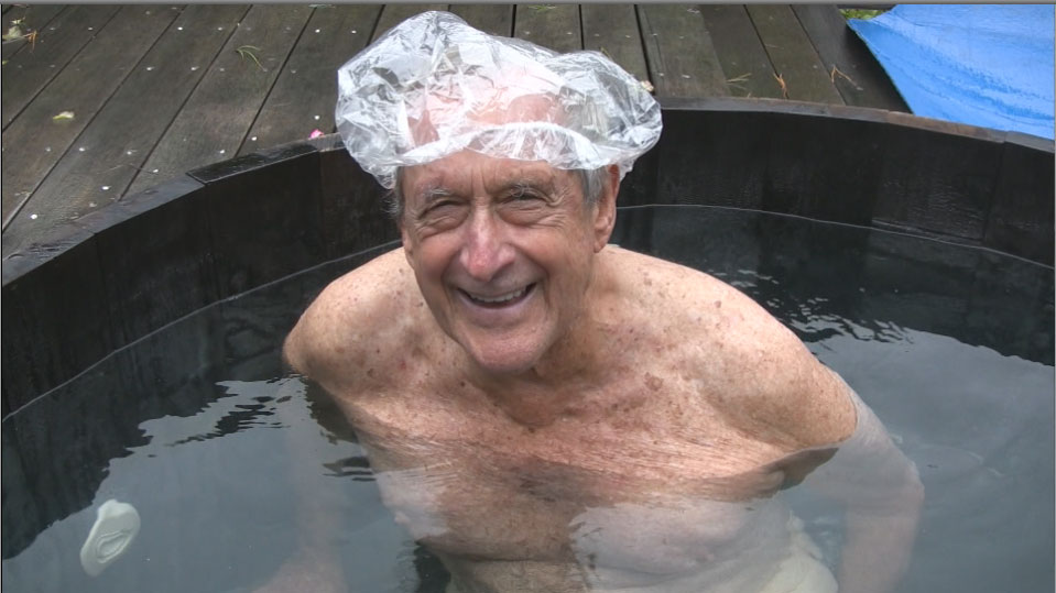 Old naked people in hot tubs #4