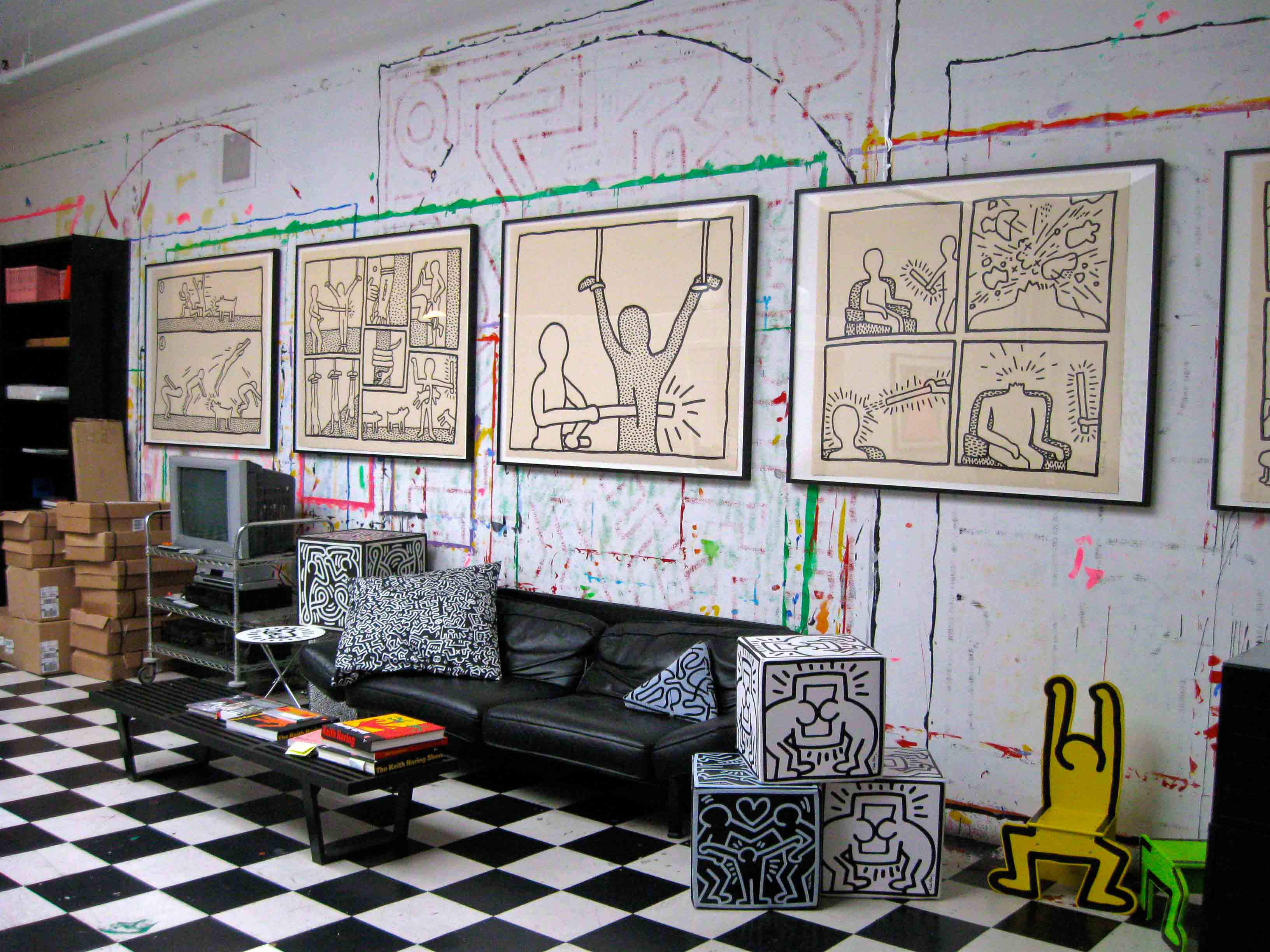An Exclusive Peek Inside Keith Haring s New York City Studio - Gwarlingo 58192b65d