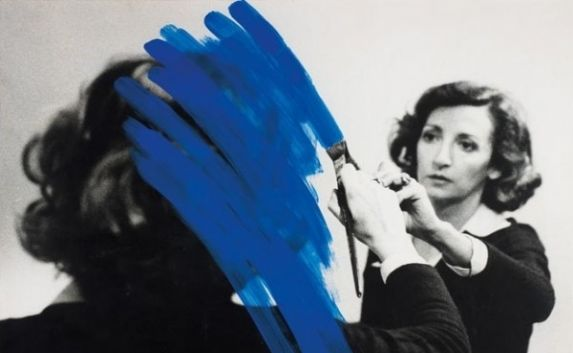 Helena Almeida, Inhabited Painting, 1975. © Helena Almeida, courtesy Serralves Foundation Collection, Oporto, Portugal