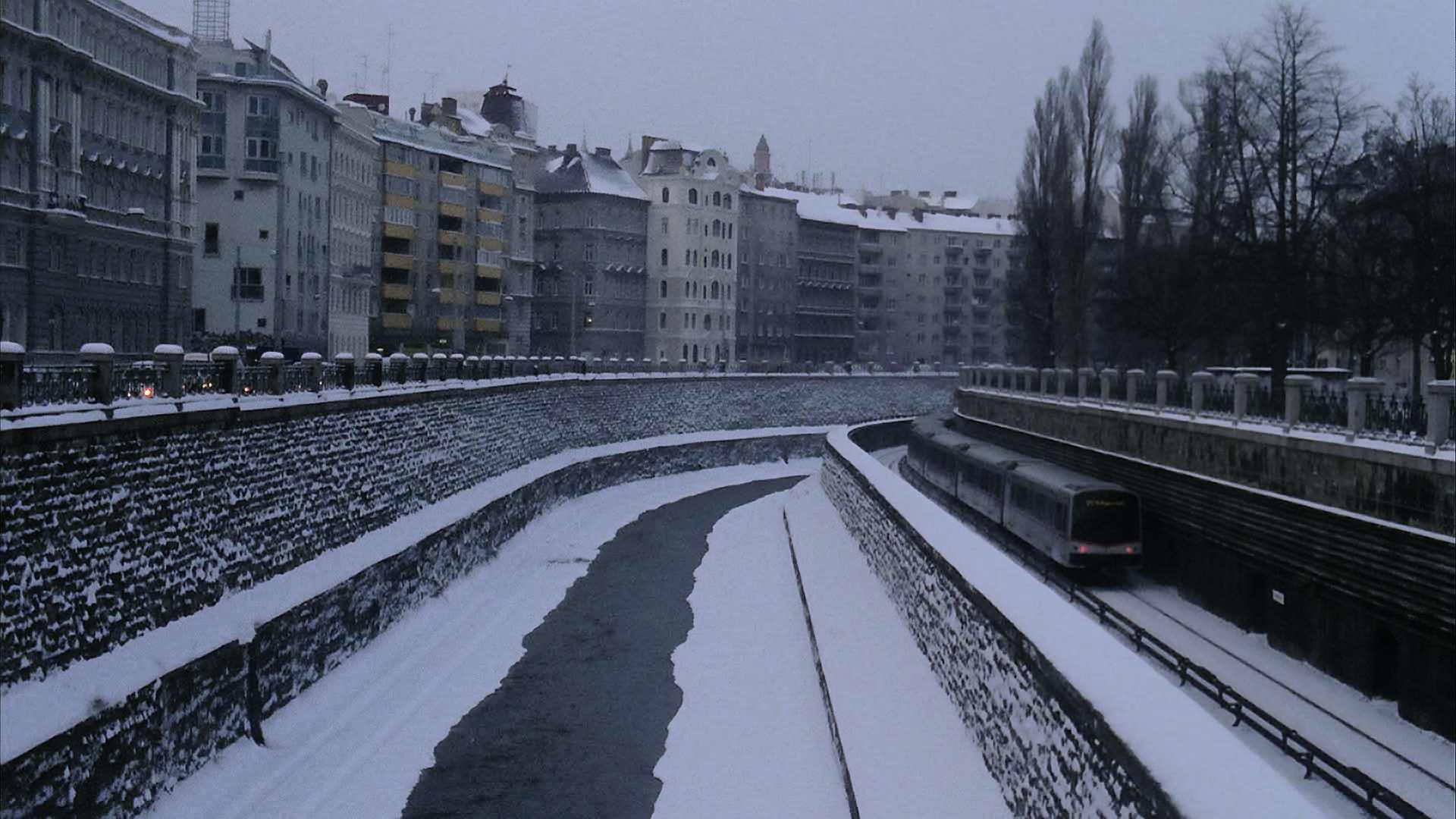 Vienna train tracks in the snow