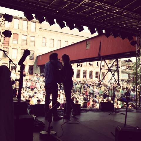 Sam Amidon and surprise guest Beth Orton (Photo courtesy the Solid Sound Festival via Facebook)
