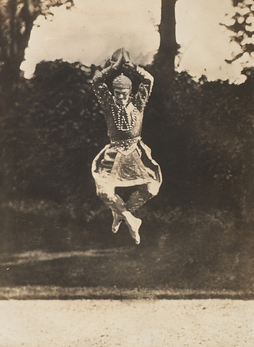 Eugène Druet. Photograph of Russian ballet dancer Vaslav Nijinsky in the Danse Siamoise in Les Orientales posed outside in Paris, 1910. Nijinksy's ability to perform seemingly gravity-defying leaps was legendary. (Photo: Roger Pryor Dodge Collection, Jerome Robbins Dance Division, The New York Public Library for the Performing Arts)