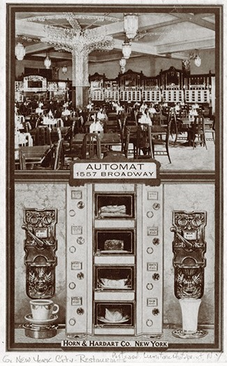A New York Automat in the 1900s (Photo ??)