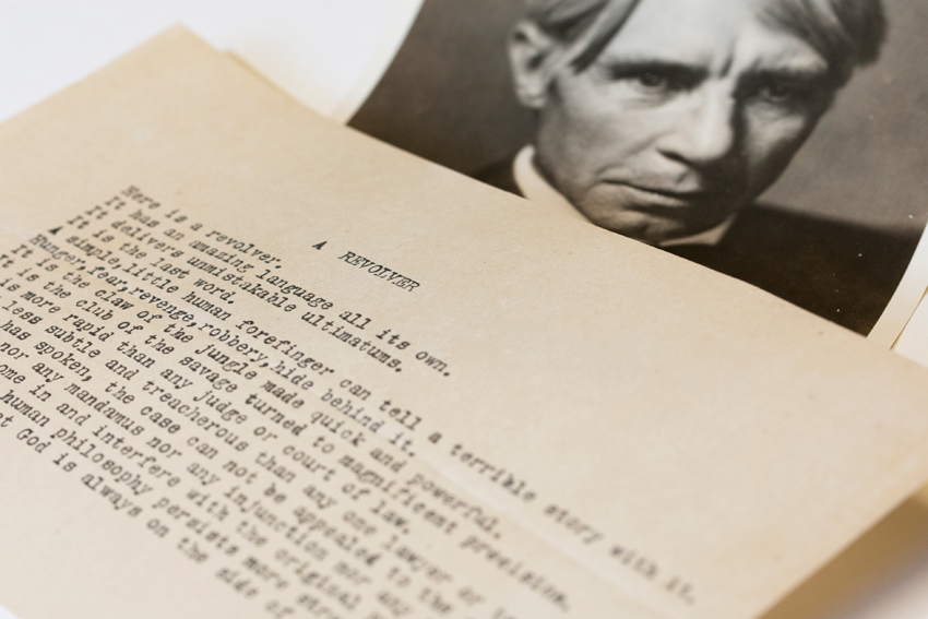 (Carl Sandburg poetry manuscript photo by Ben Woloszyn via news.illinois.edu)