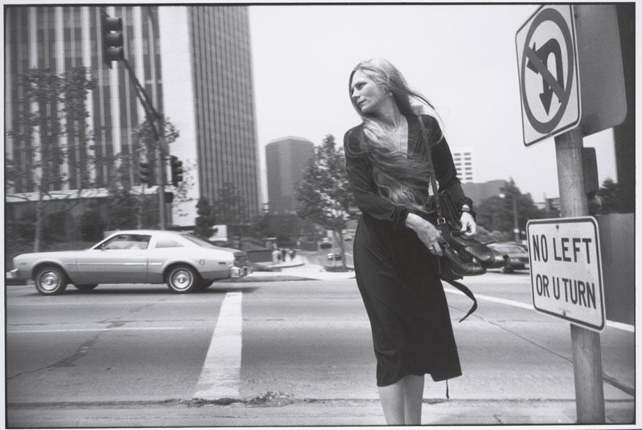 Garry Winogrand, Los Angeles, 1980. (Photo from the Estate of Garry Winogrand, courtesy of Fraenkel Gallery, San Francisco)